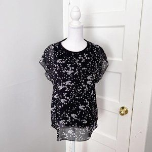 Lot of 2 Cabi Blouses Cosmos & Floral Button Up